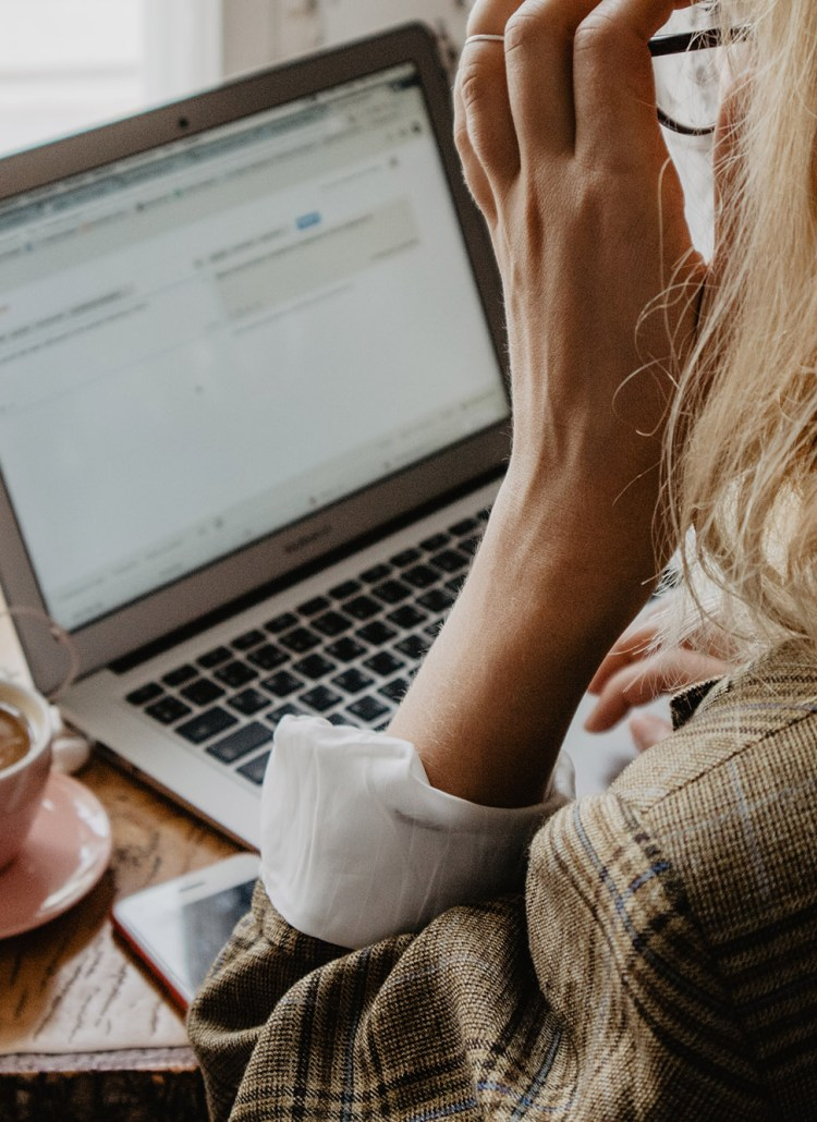 Everything You Should Put On Your Freelance Writing Website