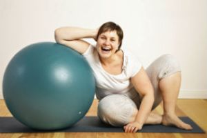 Woman_with_exercise_ball