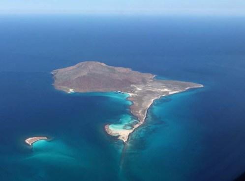 Leaving Loreto - Islas Coronados