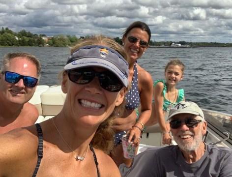 GG boat selfie