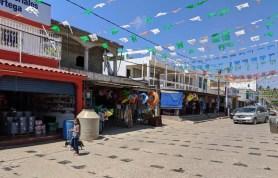The local tiendas