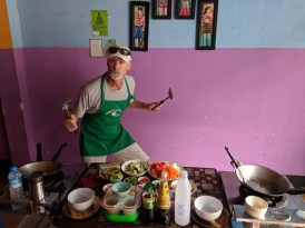 Randy in his element - a cooking class in Thailand