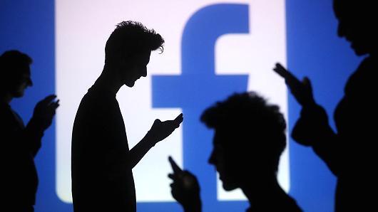 FacebookのNotificationsメールの挙動について