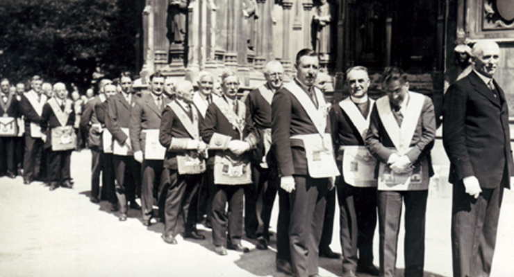 Freemasons, fraternities, fraternal relations