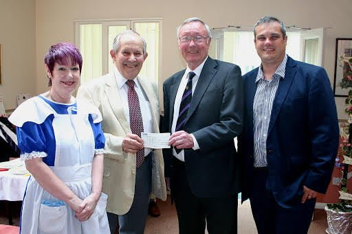 Freemasons donate £1,200 to Palmer Court Sheltered Housing Scheme