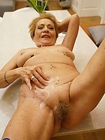 Mature Granny Collection Gallery 115