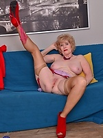 Mature Granny Collection Gallery 122