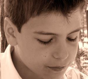 Nézd meg ezt a tehetséges kisfiút, elképesztőt alkotott - Videó!