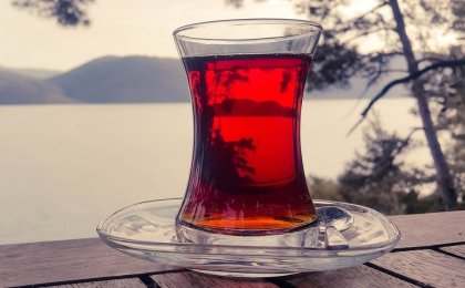 pitcher of red tea