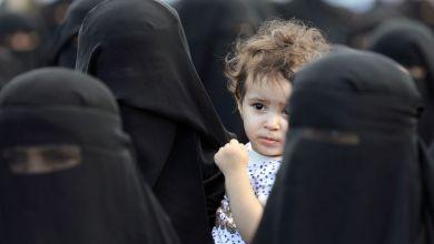 """Photo of الاختلاط بين الرجال والنساء"""".. السعودية تعيش حالة من التخبط والاستنفار ( فيديو )"""