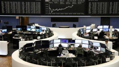 Photo of حالة من الذعر في أسواق الأسهم المالية.. أغنى 500 شخص في العالم يتكبدون خسائر فادحة بسبب كورونا