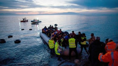 Photo of لحل أزمة المهاجرين.. أوروبا تمد اليونان بـ700 مليون يورو