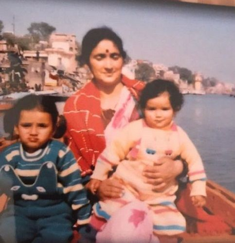 A Childhood Picture of Sukirti Kandpal with her Sister and Mother