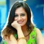 Spruha Joshi (Marathi Actor) Age, Husband, Family, Biography & More