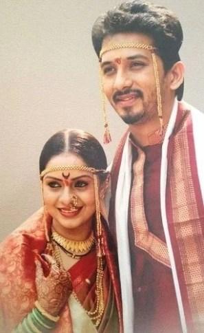 Sukhada Khandkekar's wedding picture
