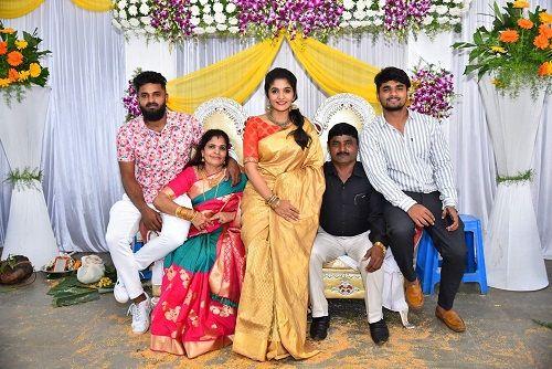 Divya Suresh with her family