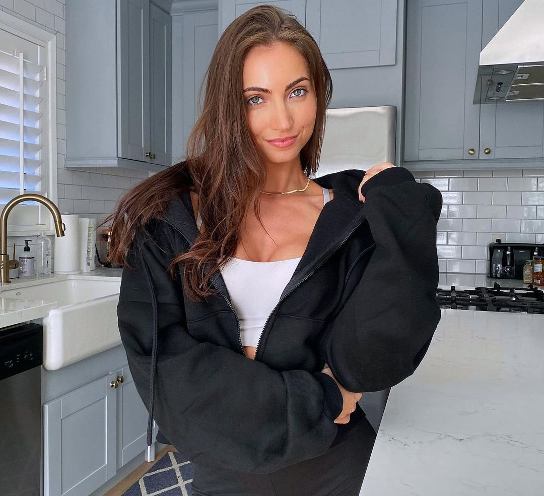 Anna Louise (Instagram star) Wiki, Biography, Age, Boyfriend, Family, Facts and More - Wikifamouspeople