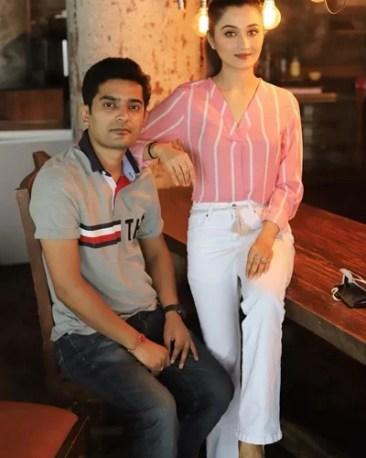 Arushi Nishank with her husband Abhinav Pant