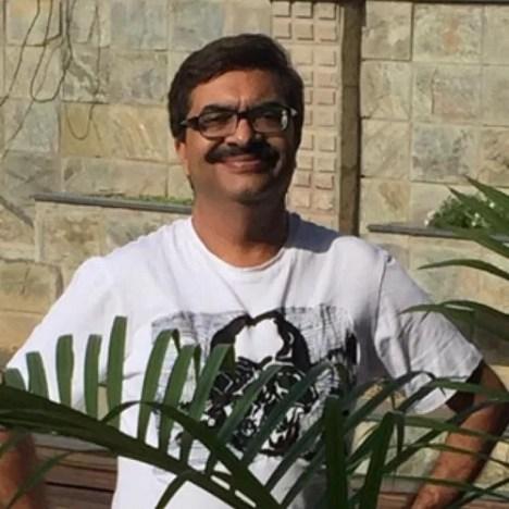 Agriya Bhatia's father