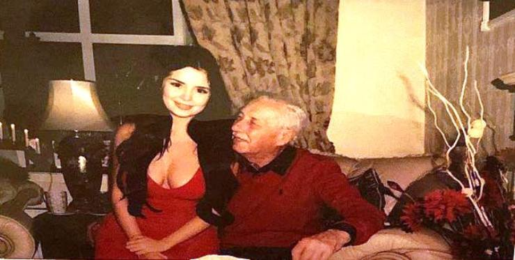 Demi Rose with her father