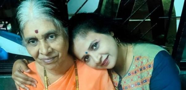 Abhilasha Patil with her mother
