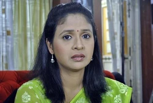 Abhilasha Patil in Savar Re