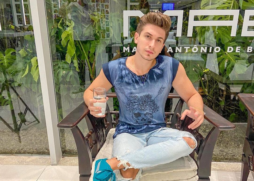Mc Kolos (Instagram Star) Wiki, Biography, Age, Girlfriends, Family, Facts and More - Wikifamouspeople