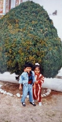 Avantika Mishra's childhood picture with her brother