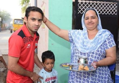 Amit Panghal and his mother