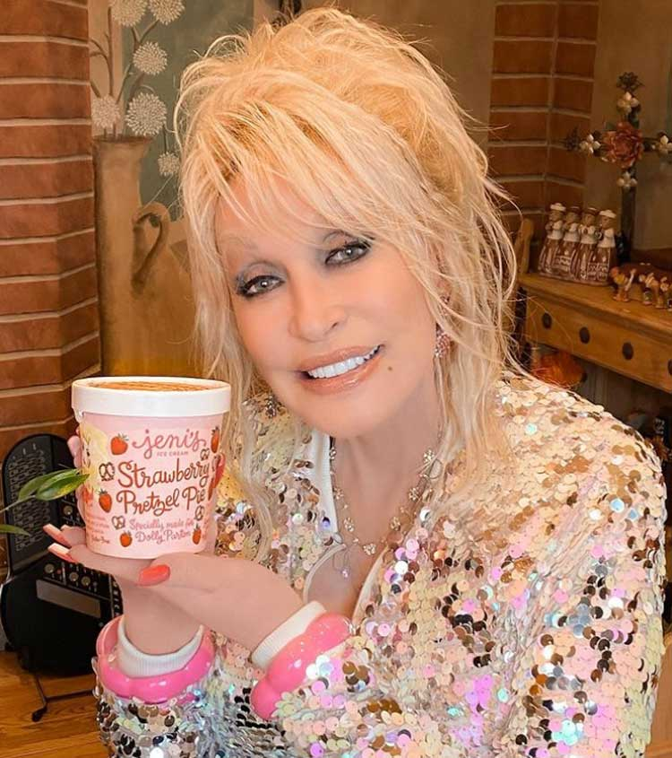 Dolly Parton Wiki, Age, Height, Husband, Family, Biography & More - Famous People Wiki