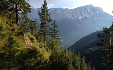 Gelbes Gewänd Trail Zugspitzblick