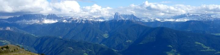 Dolorama, das ganze Panorama: Geissler, Sella, Langkofel, Rosengarten, Schlern....
