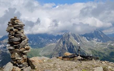Pischahorn (2.980 m), einsame Gipfeltour mit Flow, Klosters