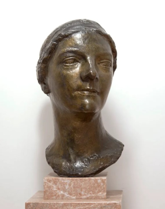 Head of Agnes Meyer by Charles Despiau; Freer Gallery of Art, Gift of Ruth Meyer Epstein; FSC-M-69