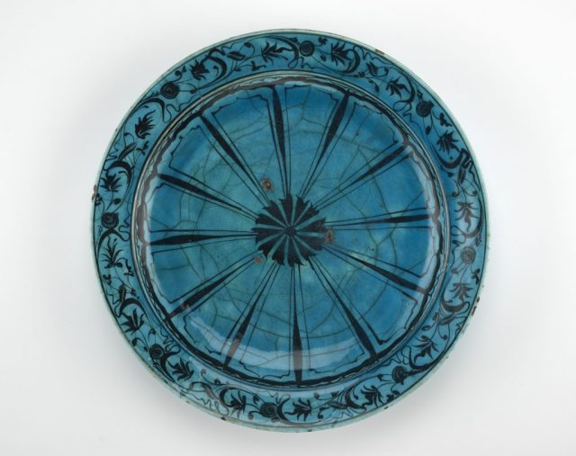 Dish; Iran, possibly Tabriz; Safavid period, 17th century; stone-paste painted with black pigment under turquoise (copper-tinted) glaze; Bequest of Adrienne Minassian, S1998.221