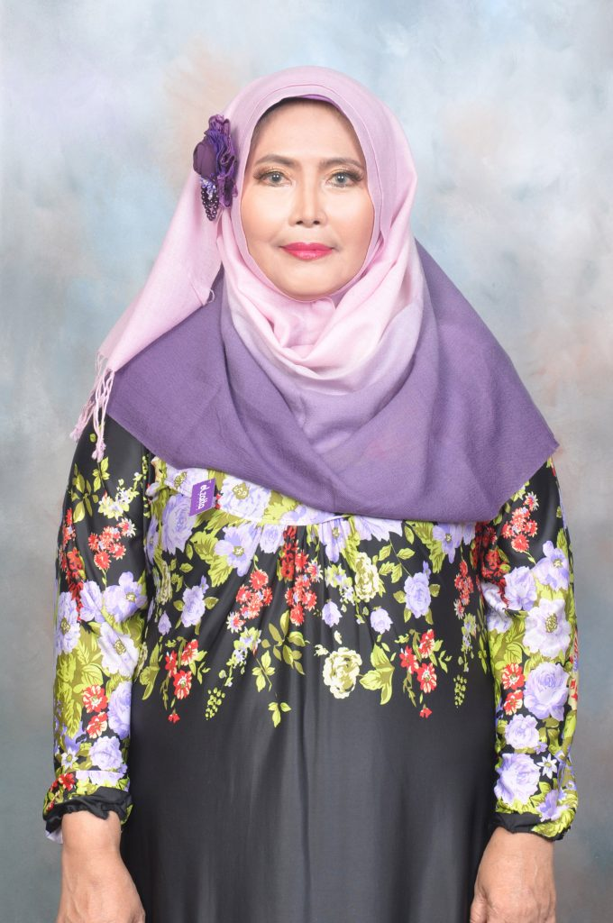 Indonesian reciter Maria Ulfah
