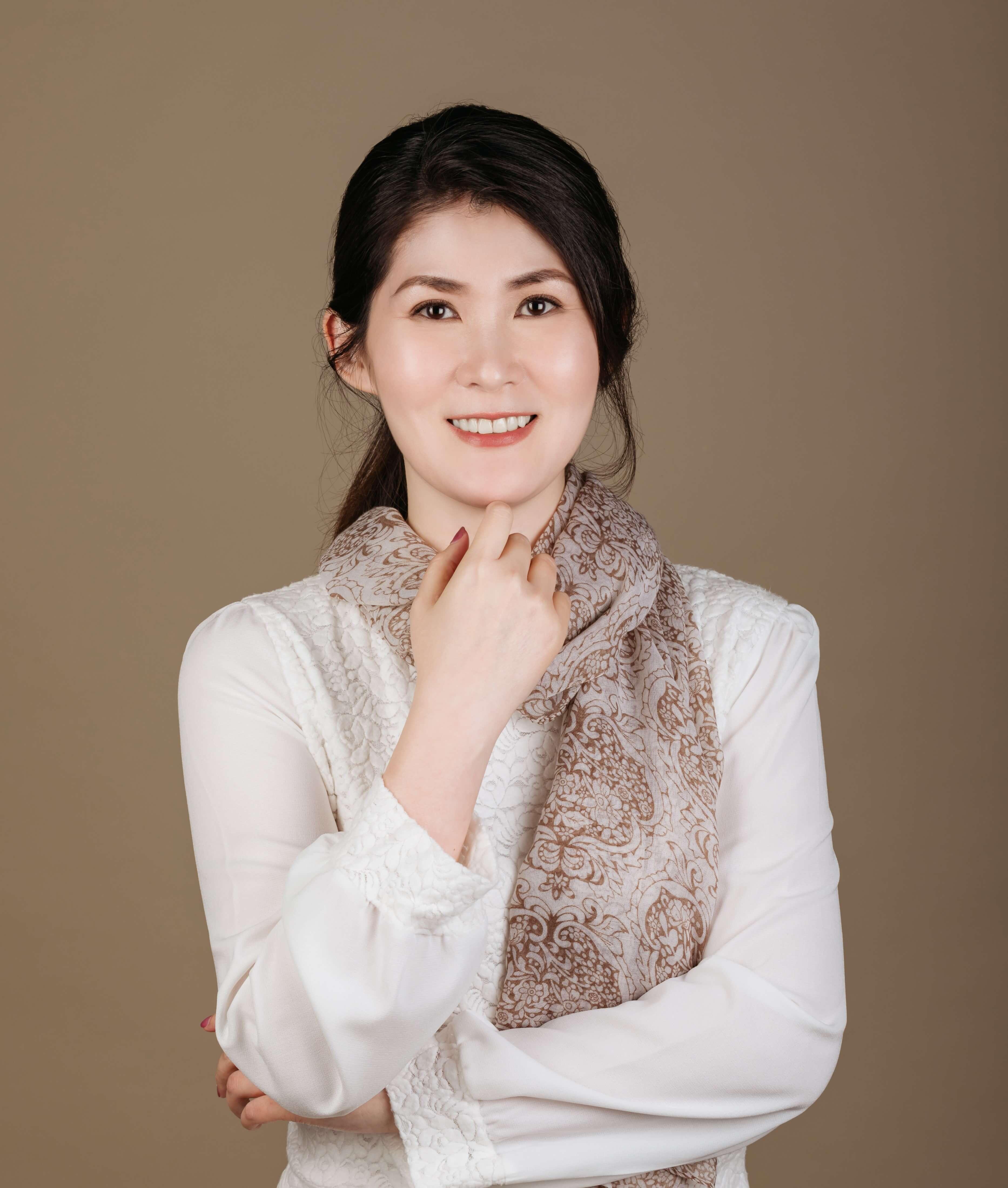 陳思含心理治療師 Lillian Chen