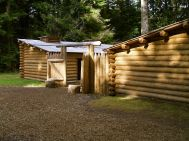 Fort_Clatsop_OR_replica_2007 creative commons by GSWilliams wikimedia commons