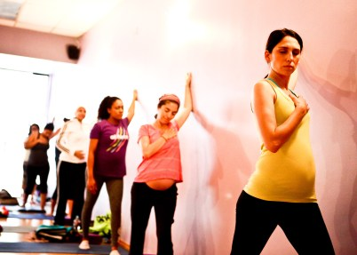Free Spirit Yoga Prenatal class with Crytsal Dawn_photographer Taso Papadakis_083