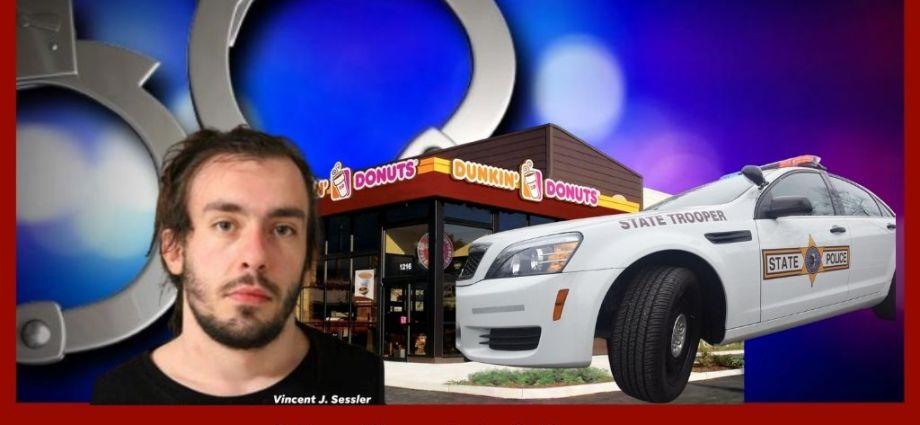 Dunkin Donut Employee Gets Stupid
