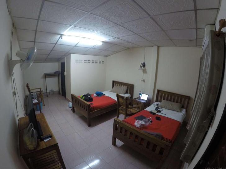 マーケット モーテル (Market Motel)