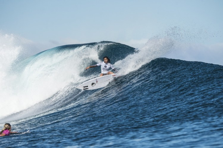 Namotu Island, Fiji (Monday, June 1, 2015) Alessa Quizon (HAW) - The Fiji Womenís Pro, Stop No. 5 on the 2015 World Championship Tour, has called on this morning with a building swell. The event was put on hold till 9.30 am to take advantage of the dropping tide and once the water was coming off the reef it got underway. The surf was in the 4' range early with light winds and built to around 6' as the tide started pushing around midday. Round 1 was completed today. Photo: joliphotos.com