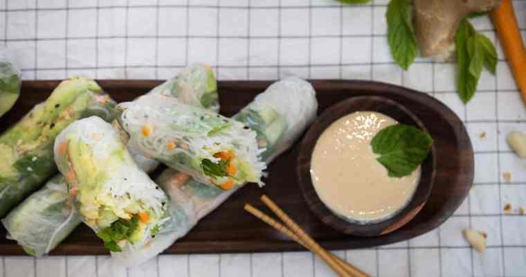 Rouleaux de Printemps Vegan, Sauce Cacahuète-Gingembre (Sans Gluten)
