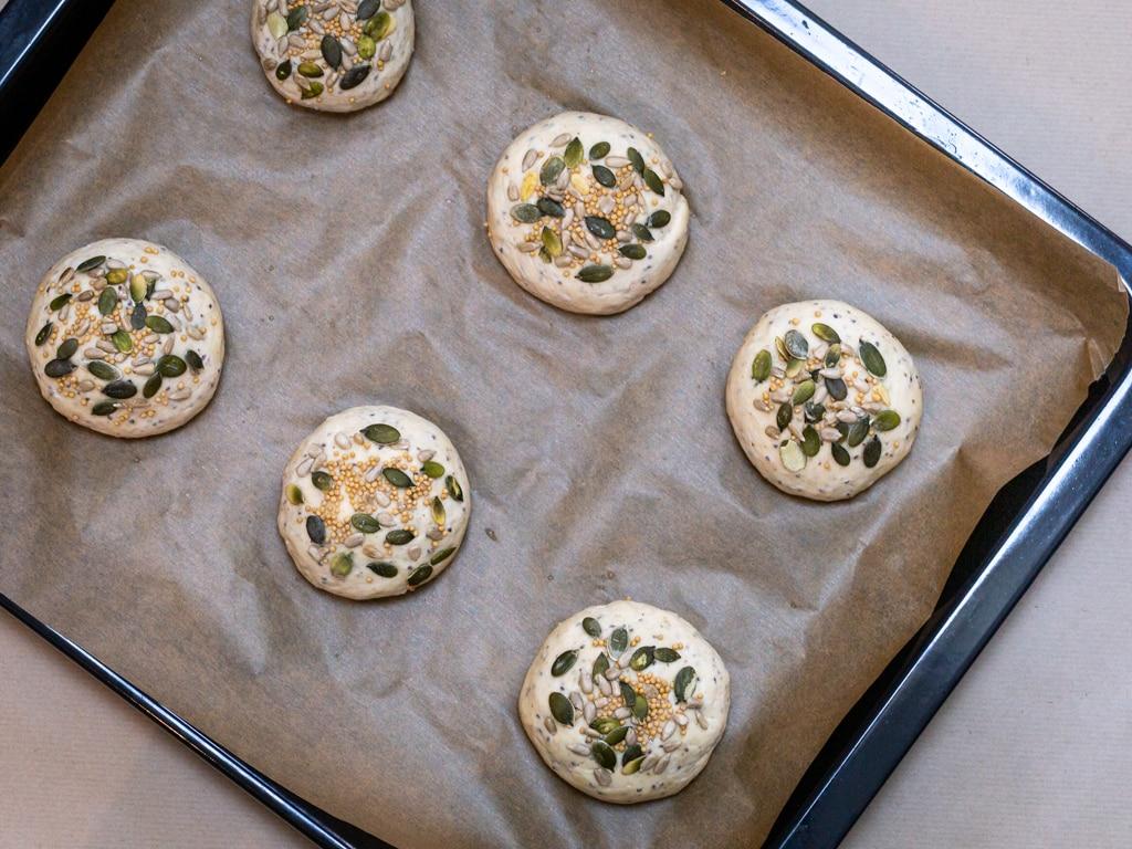 Une recette pour faire de jolis petits pains à burger vegan maison