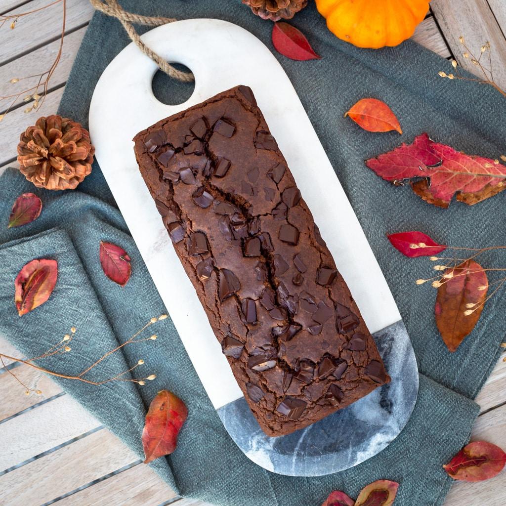 Une recette de cake chocolat-châtaigne sans gluten et vegan, super moelleux. Recette végétalienne.