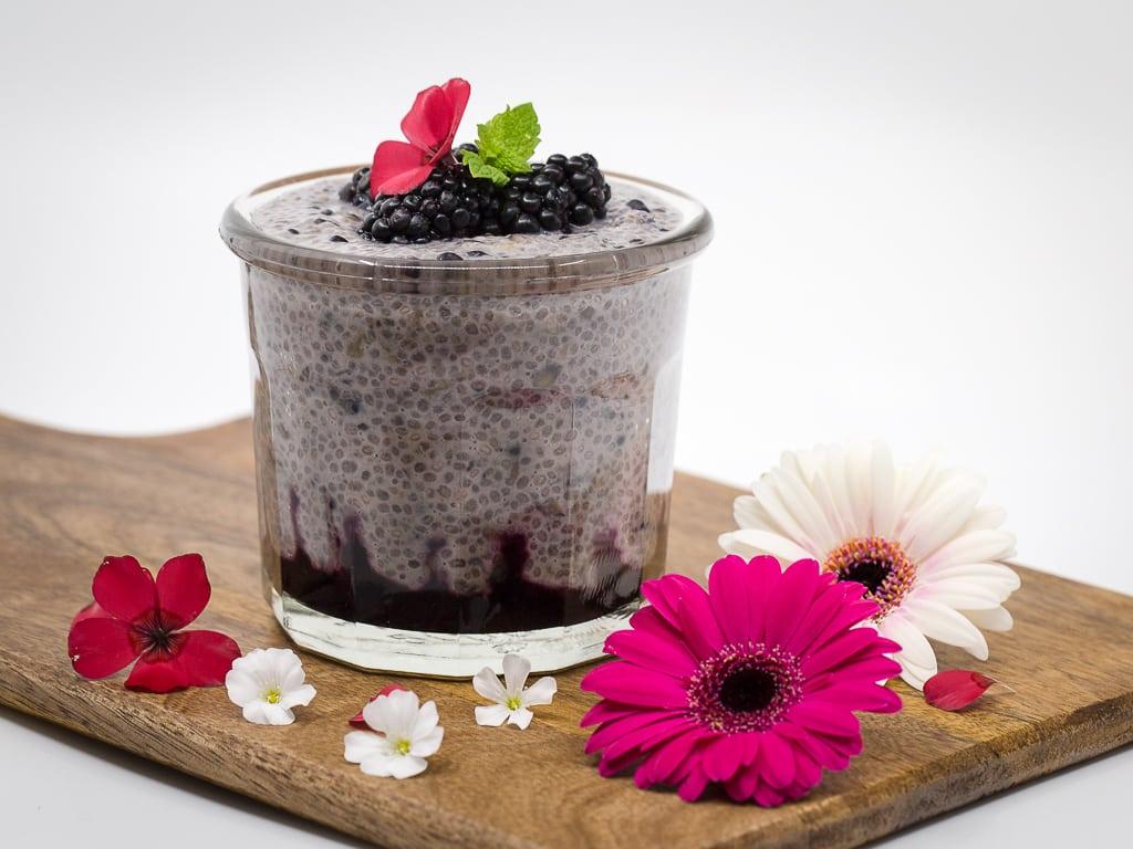 Chia Pudding à la Mûre (Vegan et Sans gluten)