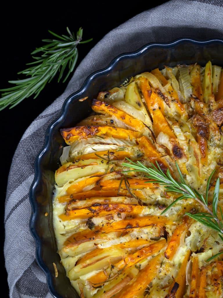 Une recette de gratin végétarien avec une délicieuse association : le potimarron et le fenouil ! Un délice sans gluten !