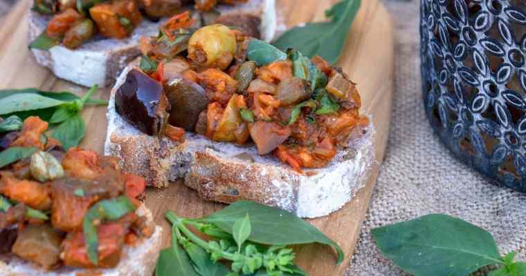 Caponata – Salade Sicilienne d'Aubergines et de Câpres (Vegan et Sans Gluten)