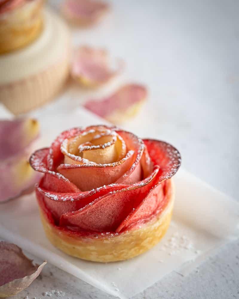 Roses Feuilletées à la Cannelle