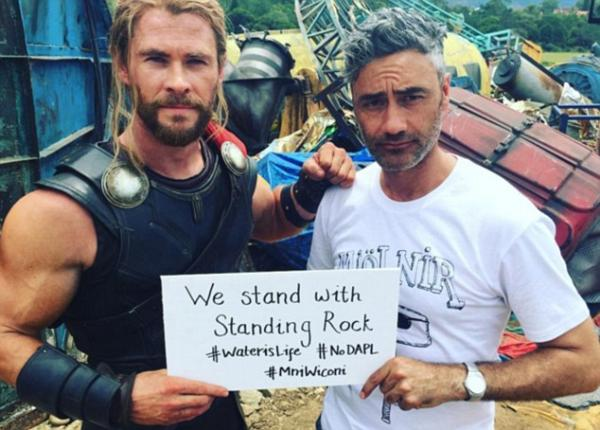 """Chris Hemsworth Facebook. Thor Ragnarok star Chris Hemsworth has just apologized for wearing a Native costume at a New Year's Eve Party and also stated he was """"Standing with Standing Rock."""""""
